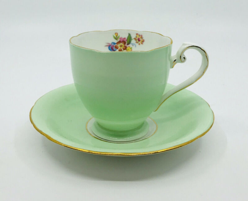ROYAL GRAFTON Bone China Footed Tea Cup Saucer Set England Mint Soft Green Gold