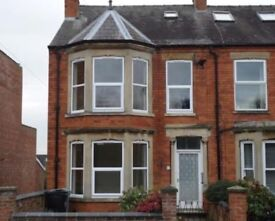 1 Bed self-contained ground floor flat.