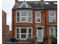Self contained 1 bed first floor flat