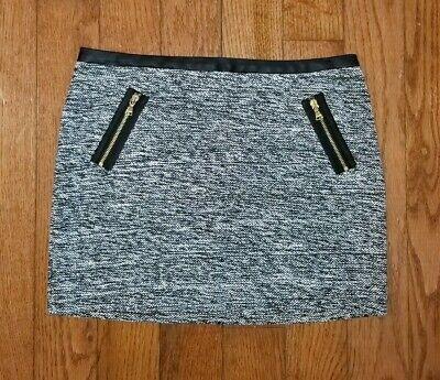 EXPRESS Mini Skirt Womens Size 0 Zipper Pockets Black White