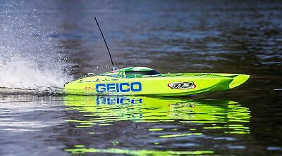 Pro Boat Miss GEICO Zelos 36 Twin Brushless Catamaran: PRB08040 75MPH+
