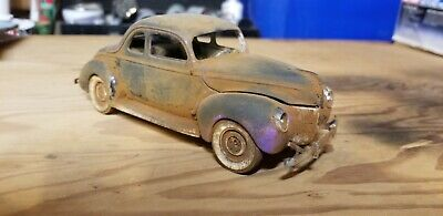 40's Ford Model Car 1:24 Scale