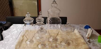 LOLLY BUFFET GLASS PARTY JARS (5-SET) + (2 FREE JARS)