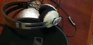 Sennheiser Momentum 2.0 ivory iphone headphones like new