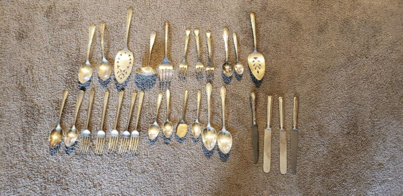 Lot of 28 silver Plate Mixed  Utensils Craft crafts Vintage Flatware