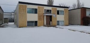 Grosvenor 1 bedroom suite close to 8th Street and U of S!