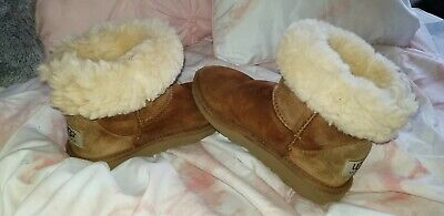 Kids/Toddler Ugg Boots SIZE 9/10 youth