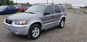 2007 Ford Escape XLT+AWD+V6+BAS KIL9+EQUIPE+HITCH++