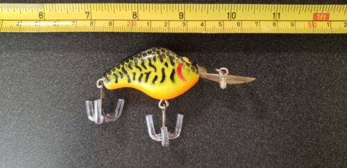 VINTAGE YOUNG FISHING LURE  - $1.55