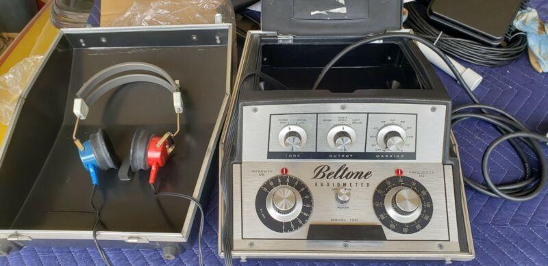Beltone Model 10D Audiometer Hearing Tester with Headphones , Working.