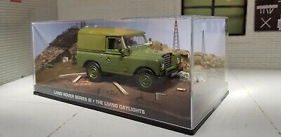 Unboxed 1:43 Scale Model Land Rover Series 3 88 James Bond The Living Daylights