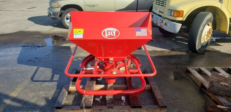 2020 Lely HR Compact Commercial Spreader