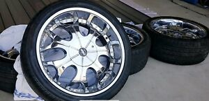 22' 5 STUD RENNEN WHEELS BRAND NEW TYERS.