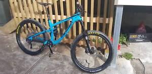 Transition Patrol Carbon mountain bike