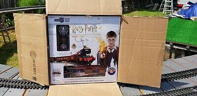 O Scale Lionel 6-83972C Remote Control Harry Potter Hogwarts Express Train Set
