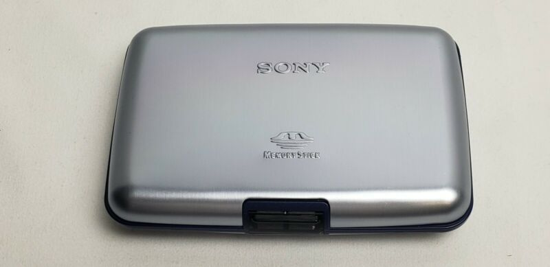Sony Memory Stick Case, Metal Exterior, Holds 8 Memory Sticks, PRE-OWNED