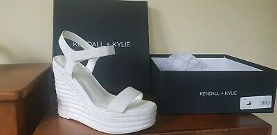 Kendall and Kylie Size 6.5 Ivory Wedge sandals. New In Box kkGRAND