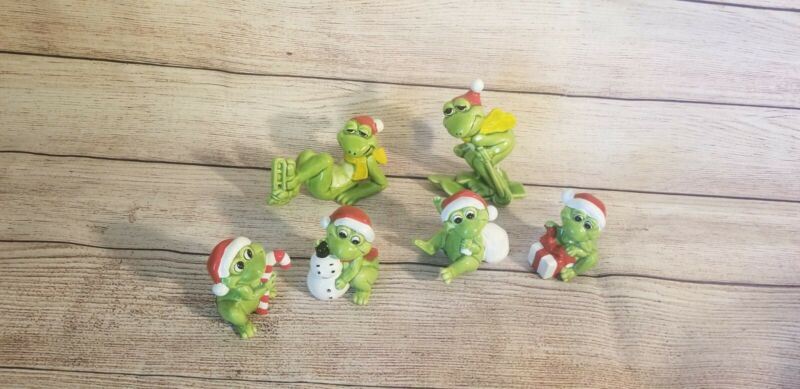 Vintage Norcrest Frog Set of 6 Santa Ceramic Figurines  Hand Decorated