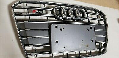 USED 2013-2015 AUDI S5 FEONT BUMPER GRILL WITH FEONT PLATE BRACKET OEM