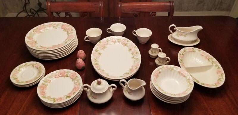 Metlox U.S.A. VERNON ROSE Dinnerware Set with 34 Pieces