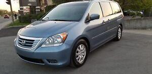 2010 Honda Odyssey EX-L 8 PASEENGER TEL: 514 249 4707