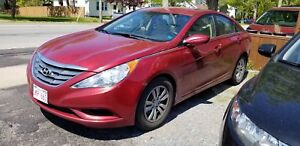 2011 Hyundai Sonata Fully featured!