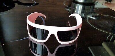 Sonnenbrille FERRE. Modern Futuristisch. Sonne ist unterwegs   bestimmt!