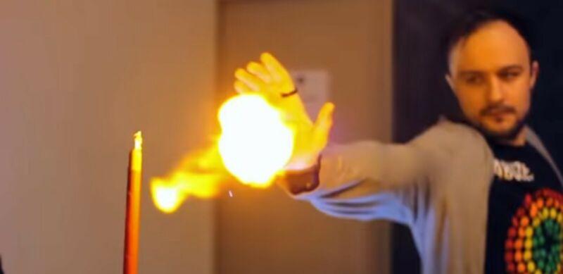 pyro mini magicians tool/movie effect prop electronic flesh fireball gun kit