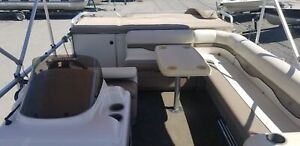 2001 Sun Tracker 24FT Party Barge