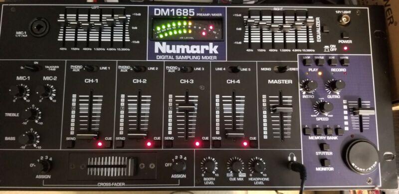 Vintage Numark DM 1685 dj mixer with DIGITAL SAMPLING excellent with Manual!!!