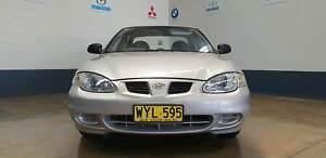 2000 Hyundai Lantra Sedan