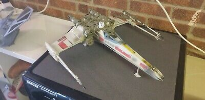 "STAR WARS LEGACY X WING FIGHTER FOR 3.75"" FIGURES"