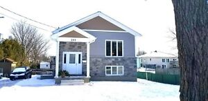 AVAILABLE JULY 1 - 2 BEDROOM - SMITHS FALLS DUPLEX