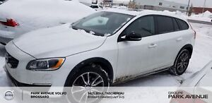 2015 Volvo V60 Cross Country T5 Premier Plus