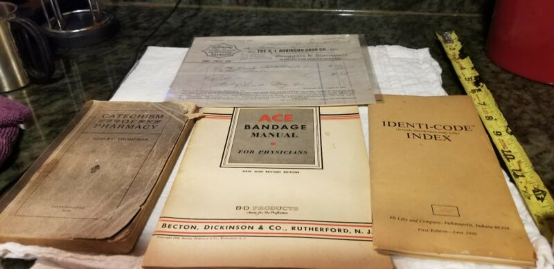 Old Medical Books 1900 And Purchase Receipt 1893 G. I. Robinson Rockland Maine