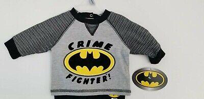 NewBorn Batman Baby Costume Pajama 2 Piece Set Gray Black Yellow Crime Fighter](Newborn Batman Costume)