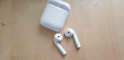 APPLE AirPods with Charging Case (2nd generation) refurbeshed CLEAN hyg