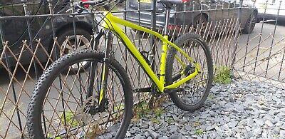 Specialized Rockhopper 29er MTB mountain bike, large frame, yellow.