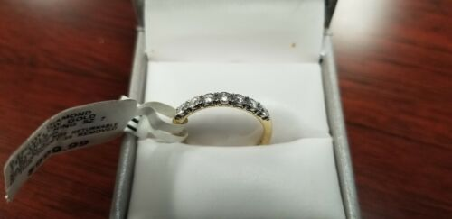 0.25 CTW Diamond 14K Gold Wedding Band Ring, New W/tags - Sears Certified Size 7 - $399.99