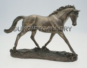 COLD CAST BRONZE HORSE SCULPTURE BY HARRIET GLEN - ELEGANCE - STATUE / FIGURINE