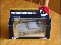 "Corgi CC04306 Aston Martin DB5, James Bond 007 / Thunderball ""The directors cut""."