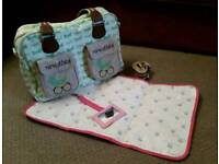 Pink Lining Yummy Mummy Mama et Bebe Change Bag / Nappy Bag