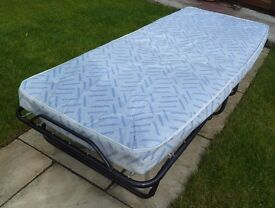 single spare bed Fold up