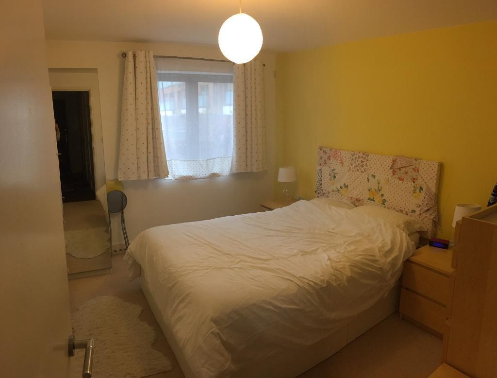 One Bedroom Flat to rent in Fulham