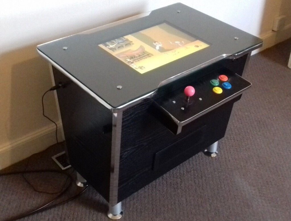 Cocktail space invaders arcade machine
