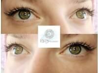 Semi-permanent Classic eyelash extensions