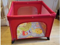 Chicco Playpen in excellent condition (red, with zip)