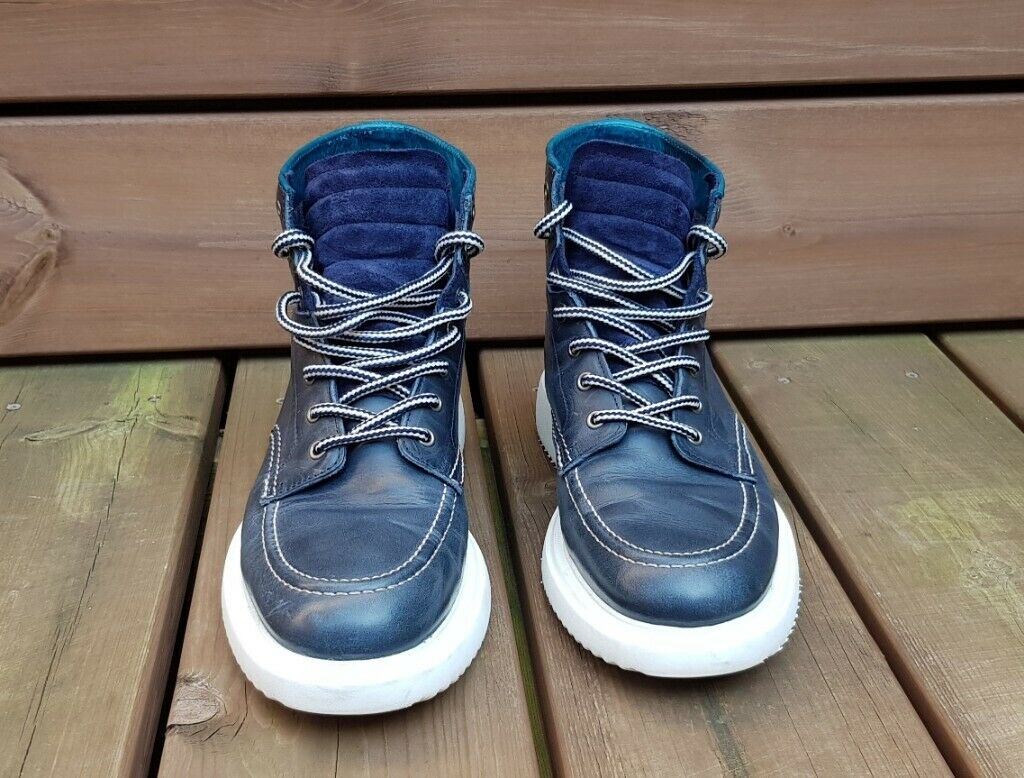 d109cec4ae3 Paul Smith Navy Blue 'Caplan' Leather Boots - Size 8 UK (EU42) - cost £275  new | in Lewisham, London | Gumtree
