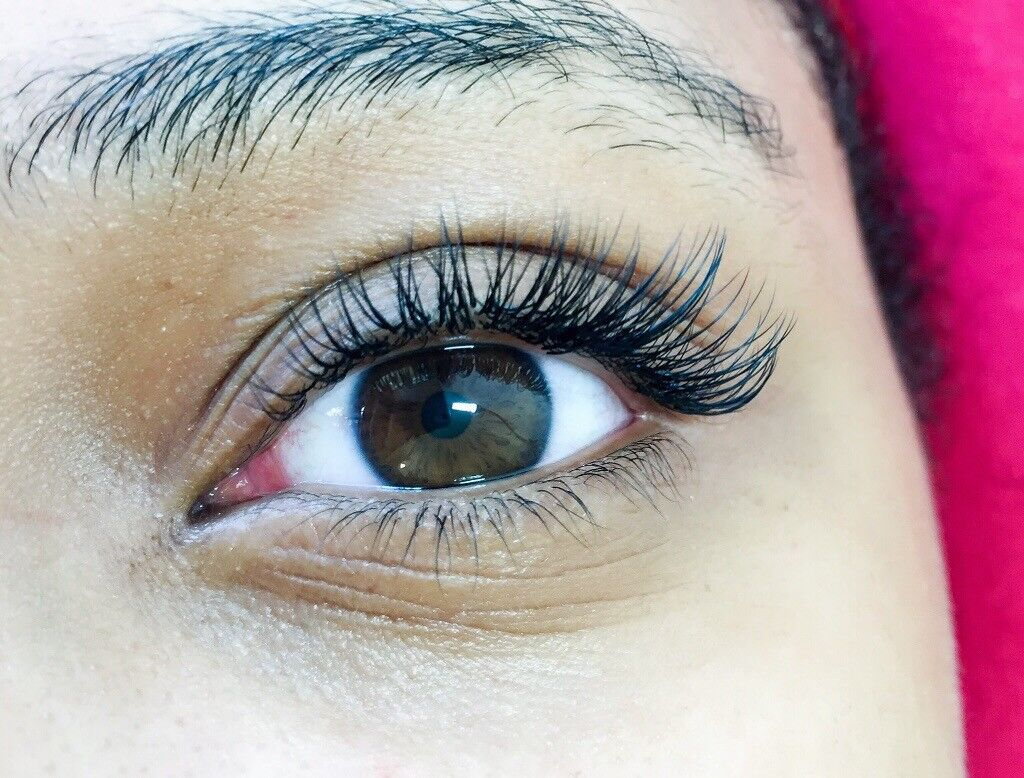 Best Russian Volume And Classic Eyelash Extensions In London In
