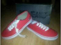 New VOI JEANS RED CANVAS SHOES UK 4 CAN POST
